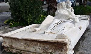 κάλυμμα μαρμάρινης σαρκοφάγου της Ρωμαϊκής εποχής (3ος ή 4ος αι. μ.Χ.)